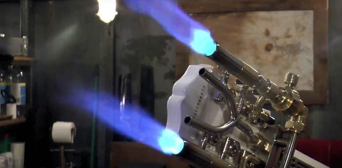 colin-furze-flamethrower-guitar-1